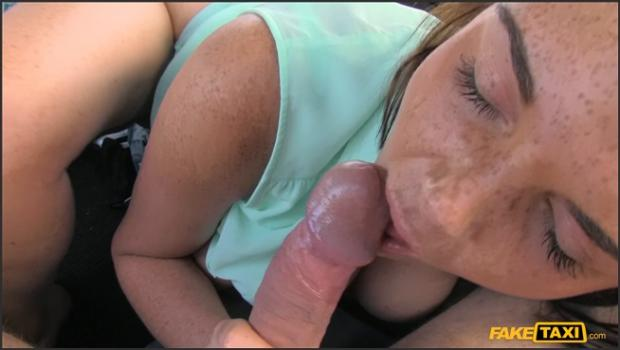 Fakehub.com- Girl Fucked By Boyfriend While Cabbie_s Cock Fills Her Mouth