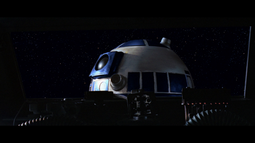 147748797_disney-gallery-star-wars-the-mandalorian-s01e02-1080p-web-h264-ghosts_02.png