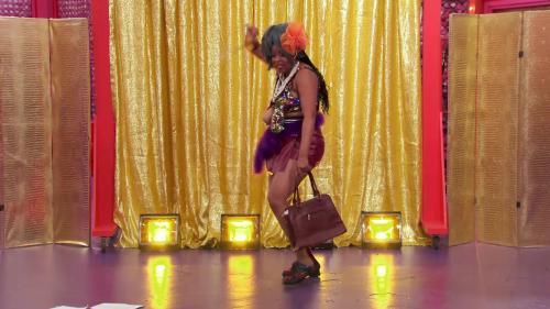 148605053_rupauls-secret-celebrity-drag-race-s01e04-1080p-web-h264-secretos_01.jpg
