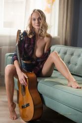 guitar-9.jpg