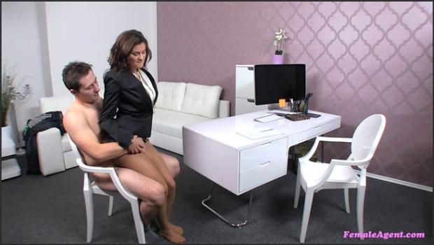 Fakehub.com- Athletic Stud Has A Creamy Surprise For Female Agent