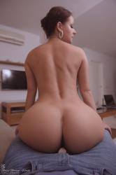 melisa-mendini-boyfriend-lapdance-1363.jpg