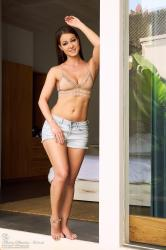 melisa-mendini-come-into-my-bedroom_dsc2141.jpg