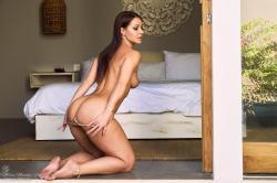 melisa-mendini-come-into-my-bedroom_dsc2191.jpg