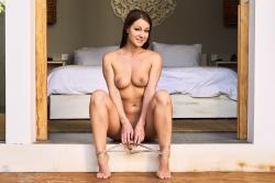 melisa-mendini-come-into-my-bedroom_dsc2203.jpg