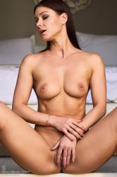 melisa-mendini-come-into-my-bedroom_dsc2219.jpg