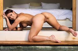 melisa-mendini-come-into-my-bedroom_dsc2245.jpg