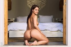 melisa-mendini-come-into-my-bedroom_dsc2254.jpg