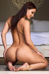 melisa-mendini-come-into-my-bedroom_dsc2256.jpg