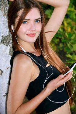 [Image: 149358353_teens_girls_21-05-2020_k2s_0239.jpg]