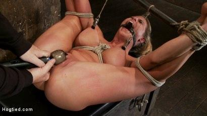 Kink.com- Sexy blond bomb shell whuge tits_is anally penetrated_nipple tortured_made to squirt _amp; cum!