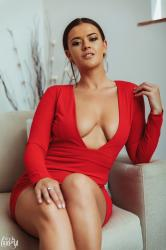 brook_wright_lady_in_red_10.jpg