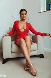 brook_wright_lady_in_red_11.jpg