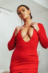 brook_wright_lady_in_red_22.jpg