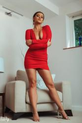 brook_wright_lady_in_red_24.jpg