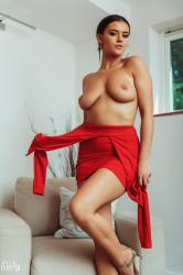 brook_wright_lady_in_red_35.jpg