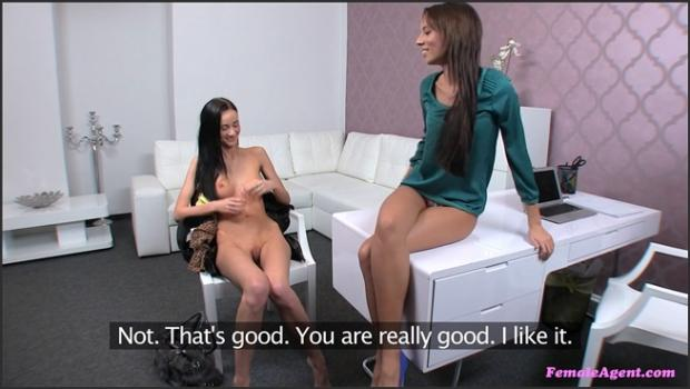 Fakehub.com- Female Agent Gets Shy Girl To Open Up Her Pussy