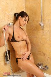 melisamendinimedia-melisamendiniworld-bathroom-44-privat.jpg