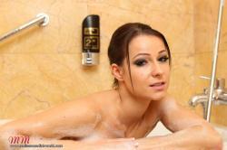 melisamendinimedia-melisamendiniworld-bathroom-103-privat.jpg