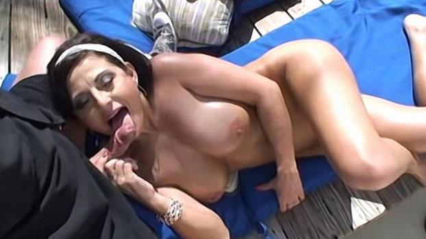 Homegrownvideo.com- Lola Shows Off Her Outdoor Dick Sucking Skills