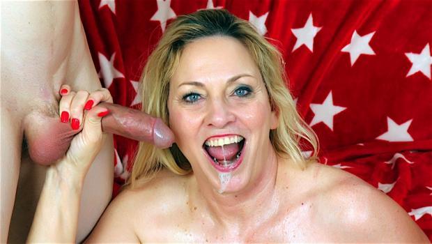 Smutpuppet.com- Older Woman Loving Cock
