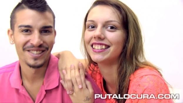 Putalocura.com- La pechotes y su novio se lo montan - Daniela Leon y JD