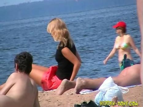 Hidden-Zone.com- Nu710# Voyeur video from nude beach
