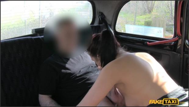 Fakehub.com- Punk Rock Babe Resorts To Fucking Cabbie To Get Home